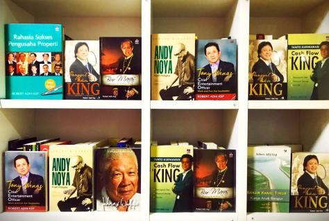 Buku-buku Robert Adhi Ksp sampai 2017